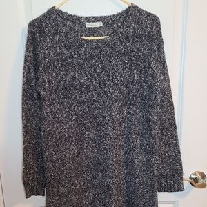 Reitmans Navy and white knit long sweater